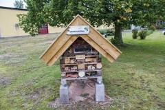 Dela trädgårds Insektshotell,